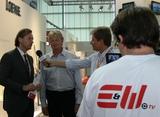 Loewe Austria GF Hannes Lechner und HB Austria GF Christian Blumberger im Interview mit E&W-TV. Die Fragen stellt E&W-Herausgeber Andreas Rockenbauer.