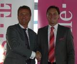 T-Mobile will zusammen mit Schwester-Unternehmen T-Systems verstärkt ins Lösungsgeschäft für KMU, wie Stefan Gubi, Geschäftsführer Vertrieb & Services T-Mobile, sowie Martin Katzer, Vertriebsleiter Corporate Customers T-Systems, erklärten.