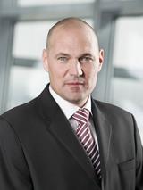 FMK-Präsident Rüdiger Köster sieht die Strategie der Mobilfunker bestätigt.