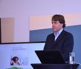 Luc van Hyustee, Vice President Sony Ericsson DACH-NL, sieht die Integration mit Sony als Chance für den Handyhersteller.