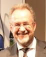 Udo van Bergen, Trade Marketing Director Groupe SEB, freut sich: Der Kücheninnovationspreis 2012 geht an die ActiFry 2in1 und den Vollautomaten EA 9000.