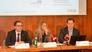 Bettina Lorentschitsch, Peter Voithofer (re.) und Renè Tritscher (li.) präsentierten heute die aktuellen Ergebnisse der Konjunkturbeobachtung 2011 der KMU Forschung Austria.
