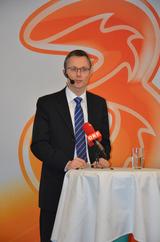 3CEO Jan Trionow bei der heutigen, kurzfristigen Pressekonferenz.