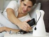Mit Hilfe der mitgelieferten NFC-SmartTags lassen beim Xperia sola innerhalb von Sekunden vorprogrammierte Profile aktivieren.