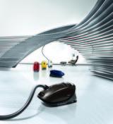 Der neue Miele S8 UniQ vereint alle Innovationsmerkmale des Herstellers serienmäßig in einem Gerät.