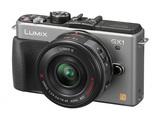 """So sehen Sieger aus: Die GX1 räumte den Titel """"Best Advanced Compact System Camera"""" ab..."""