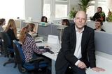 Der Leiter des Service Centers, Thomas Schröder, schult seine Mitarbeiter selbst.