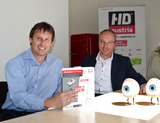 Digikabel-GF Roman Neubauer (li.) und AustriaSat Managing Director Martijn van Hout orten regen HD Austria-Bedarf in den heimischen Kabelnetzen.