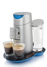 Mittels Touch-Display kann zwischen einer oder zwei Tassen und drei voreingestellten Kaffeestärken gewählt werden.
