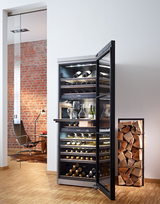 Design- und leistungsstark: Die neuen Stand-Weintemperierschränke von Miele überzeugen durch elegantes Äußeres, hohe Kapazität, sparsamen Verbrauch und exklusive Details.
