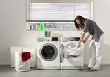 Extragroß und EEK von A+++: Der AEG ProTex-Lavatherm T97689IH trocknet besonders schonend - was Wäsche und Umwelt anbelangt.