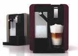 Mit der neuen cremesso Caffè Latte können Kaffeespezialitäten einfach und auf Knopfdruck kreiert werden.
