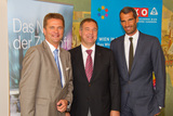 v.l.: Stefan Gubi (GF Vertrieb und Service T-Mobile Austria GmbH), Walter Ruck (Obmann der Sparte Gewerbe & Handwerk der WKW) und Thomas Schwabl (GF Marketagent.com online reSEARCH GmbH) bei der Pressekonferenz.