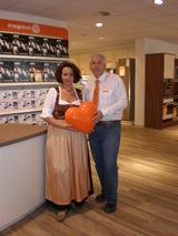 Robert und Sandra Aigelsreiter eröffneten gestern im Einkaufszentrum Muldenstraße in Linz ihr neues Expert. Elektrofachhandelsgeschäft