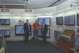 Im Bild (v.l.): Robert Trapp (Metz Vertriebsleiter D+Ö), Günther Klambauer (Abteilungsleiter Braunware Schuler) und Walter Grusetchi (Metz Regionalleiter Österreich).