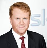 Brian Sullivan bleibt bei Sky weitere zwei Jahre am Ruder.