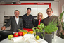 VL Christian Schimkowitsch, Koch Roman Klauser, ML Theresia Heitzinger und GM Serdar Sözenoglu feiern Geburtstag einer Marke.