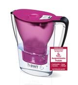 """Der 2011 eingeführte BWT-Tischwasserfilter wurde jetzt mit dem Konsumentenpreis """"KüchenInnovation des Jahres 2013"""" ausgezeichnet."""