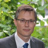 3CEO und FMK-Präsident Jan Trionow lehnt eine Urheberrechtsabgabe auf Handys und Smartphones ab. (Foto: H3G)