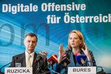 Infrastrukturministerin Doris Bures will im Rahmen der
