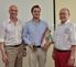 Den Red Zac of the Year 2013 nahm Österreich Verkaufsleiter Robert Ortner (m) von den Vorständen Alexander Klaus (l) und Peter Osel (r) entgegen.
