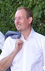 Arcom-GF Gerhard Ertl liegt mit dem Zoll im Clinch.