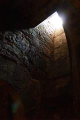 Licht am Ende des Tunnels – ist ein Ende der Krise in Sicht? (Bild: Pixelio: qay/ PIXELIO/ www.pixelio.de)