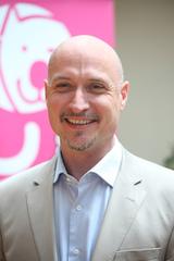 """""""Pro Haushalt können bis zu 300 Euro im Jahr Energiekosten gespart werden"""", sagt Red Zac Vorstand Alexander Klaus. (Foto: Rec Zac)"""