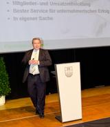 EP:Chef Friedrich Sobol erläuterte beim Kick-Off 2014, mit welchen Services man zukünftig bestmöglich für unternehmerischen Erfolg sorgen will.