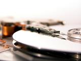 Der OGH hat das Verfahren um die Festplattenabgabe an die erste Instanz zurückverwiesen. (Bild: Mike Nottebrock/PIXELIO.DE)