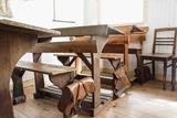Die Schulbank drücken, können Interessierte ab nächstem Herbst in der neuen Berufsakademie Handel. (Foto: Rainer Sturm/ PIXELIO/ pixelio.de)