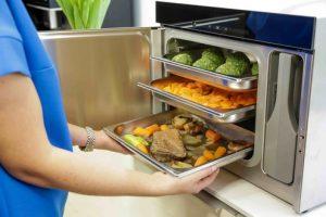 der Stand Dampfgarer DG 6001 GourmetStar von Miele wird als wahres Allroundtalent beschrieben. Bis Ende des Jahres gibt es das Gerät mit 30 Tagen Geld zurück Garantie.