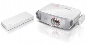 Der Kurzdistanz-Beamer BenQ W1210ST liefert großes Kino für Videospiele – mit dem optionalen WFHD Kit auch kabellos.