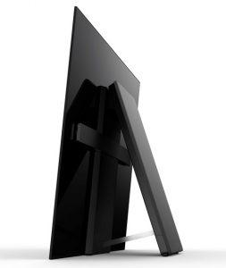 Zu den Besonderheiten des TV-Flaggschiffs zählt die Acoustic Surface Soundtechnologie, die den Ton quasi aus dem Bild kommen lässt – unterstützt von einem rückseitigen Subwoofer. (Fotos: Sony)