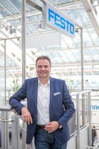 Rainer Ostermann, Country Manager von Festo Österreich, erläuterte die starken Impulse des Unternehmens in Richtung Industrie 4.0.