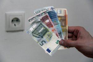 Wer seinen Stromanbieter wechselt, spart sich bares Geld. (Foto: Christian Thalmayr/E-Control)