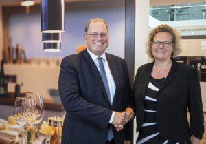 Bei Miele Österreich gibt es einen Geschäftsführerwechsel: Sandra Kolleth folgt Martin Melzer. (Foto: Miele)