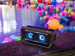 LG hat für Weihnachten Technik-Geschenkideen vom Bluetooth-Lautsprecher…