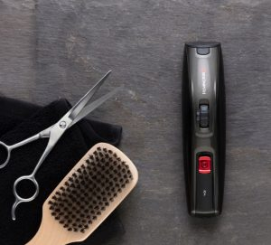 Am 9. Juni ist Vatertag und Remington präsentiert als mögliche Geschenkidee das All-in-One-Set für moderne Bartstylings.