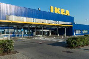 In den heimischen IKEA-Filialen soll man bald auch PV-Anlagen erwerben können.