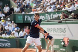 Mit simpliTV SAT HD können Tennisfans die Matches am Center Court von Roland Garros live in UHD mitverfolgen.