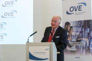 Präsident Kari Kapsch stellte den neuen Auftritt des OVE vor.