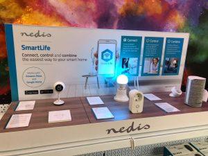 Für die Präsentation am POS bietet Nedis seinen Partnern eine Smart Life Demo Unit.