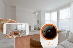 Smartfrog bietet eine einfache und günstige Komplettlösung für die Heimüberwachung – inklusive App, IP-Kamera und Video-Cloudspeicher.