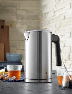 Der neue Wasserkocher der Lono-Serie vereint starke Leistung mit einem eleganten Edelstahlgehäuse und lässt auch den Sicherheitsaspekt nicht zu kurz kommen.