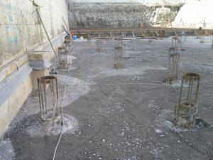Vor Baubeginn sind müssen Maßnahmen für eine normgerechte Planung und Montage der Fundamenterdung mit einem befugten Elektrotechniker geklärt werden.