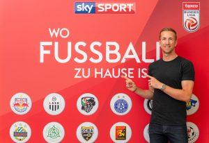 Das Eröffnungsspiel zwischen Rapid und Salzburg mit den beiden Fußballgrößen Marc Janko und Hans Krankl als Sky Experten steigt am Freitag ab 19 Uhr live auf Sky Sport Austria 1 HD.