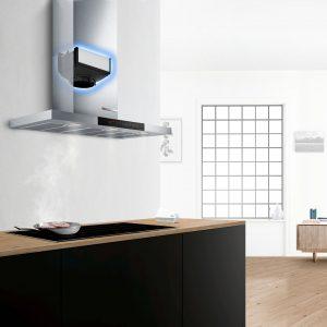 Mit dem neuen CleanAir Plus Modul können nun auch Dunstabzugshauben die Küchenluft nicht nur von üblen Gerüchen sondern auch von Allergenen befreien. Steuern lassen sich die vernetzten Dunstabzugshauben von der cair Sensor Station und Home Connect.