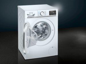 Die kommende iQ800 Waschmaschine von Siemens Hausgeräte verfügt mit powerSpeed59 über ein neues Schnellprogramm für besonders kurze Waschgänge.