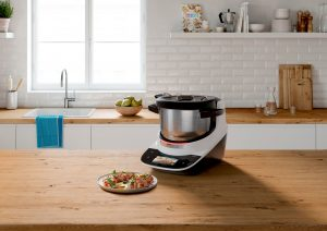 Weltpremiere auf der IFA: Der neue Bosch Cookit soll Kochen so einfach wie nie zuvor machen.